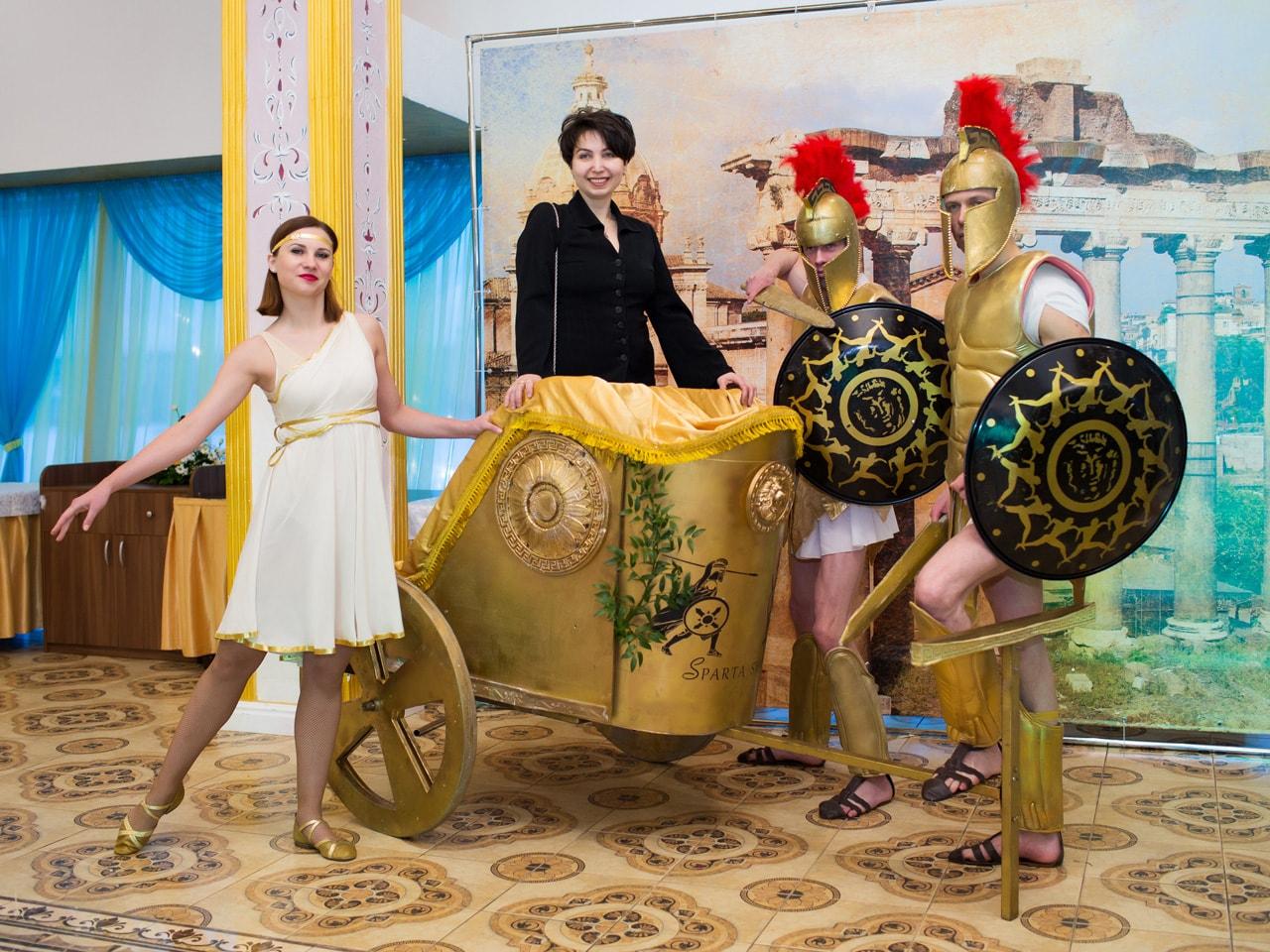 поздравление в стиле древней греции платья относятся универсальным